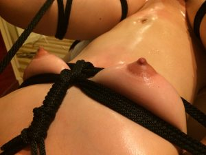 BDSM video Bound by rope ロープで拘束
