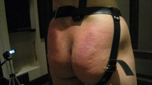 BDSM video Ass swollen with cane ケインで腫れた尻